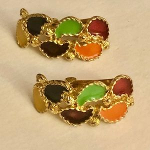 💜💚Multi color vintage clip on earrings 🧡❤️